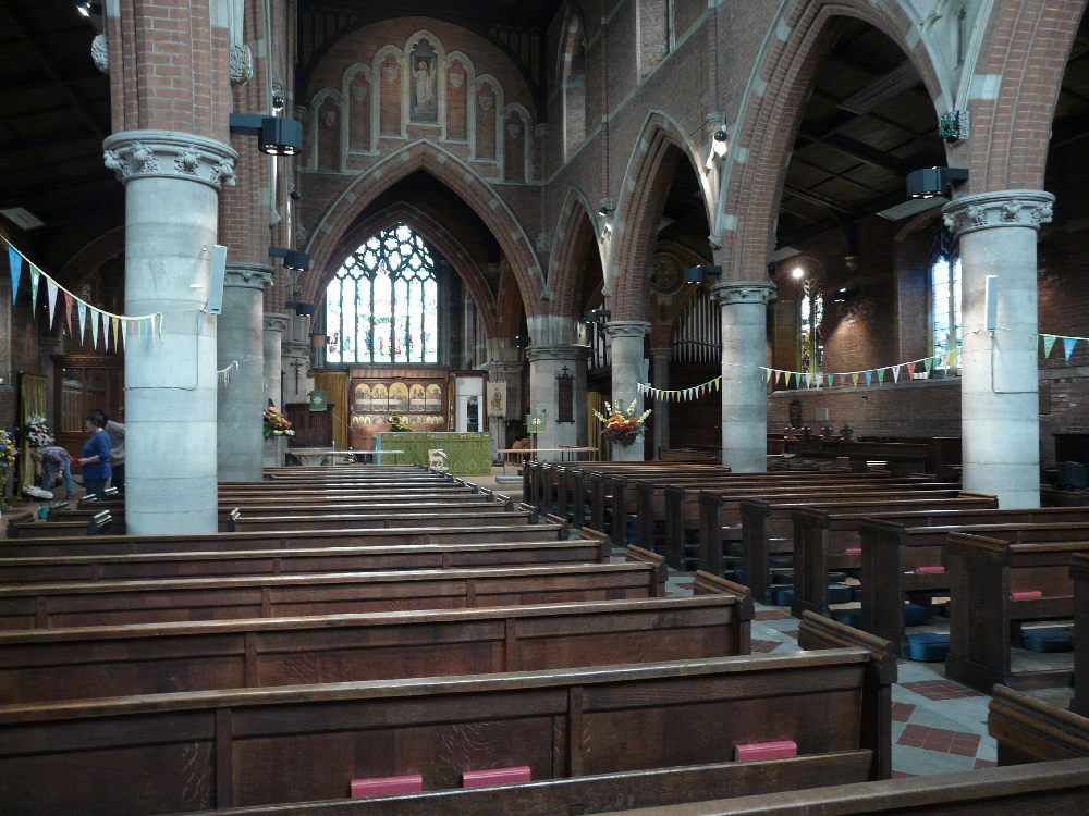 st john the evangelist palmers green london churches in. Black Bedroom Furniture Sets. Home Design Ideas