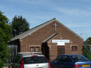 dagenham_hartley_brook_church260913_1