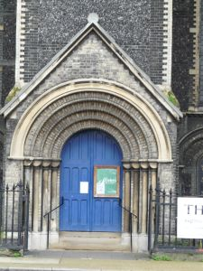 bethnal_green_st_peter_with_st_thomas_former071113_6
