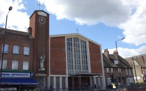 https://londonchurchbuildings.files.wordpress.com/2014/05/east_acton_st_aidan_rc120514_1.jpg
