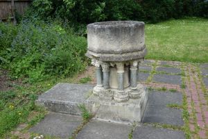 east_acton_st_dunstan120514_4